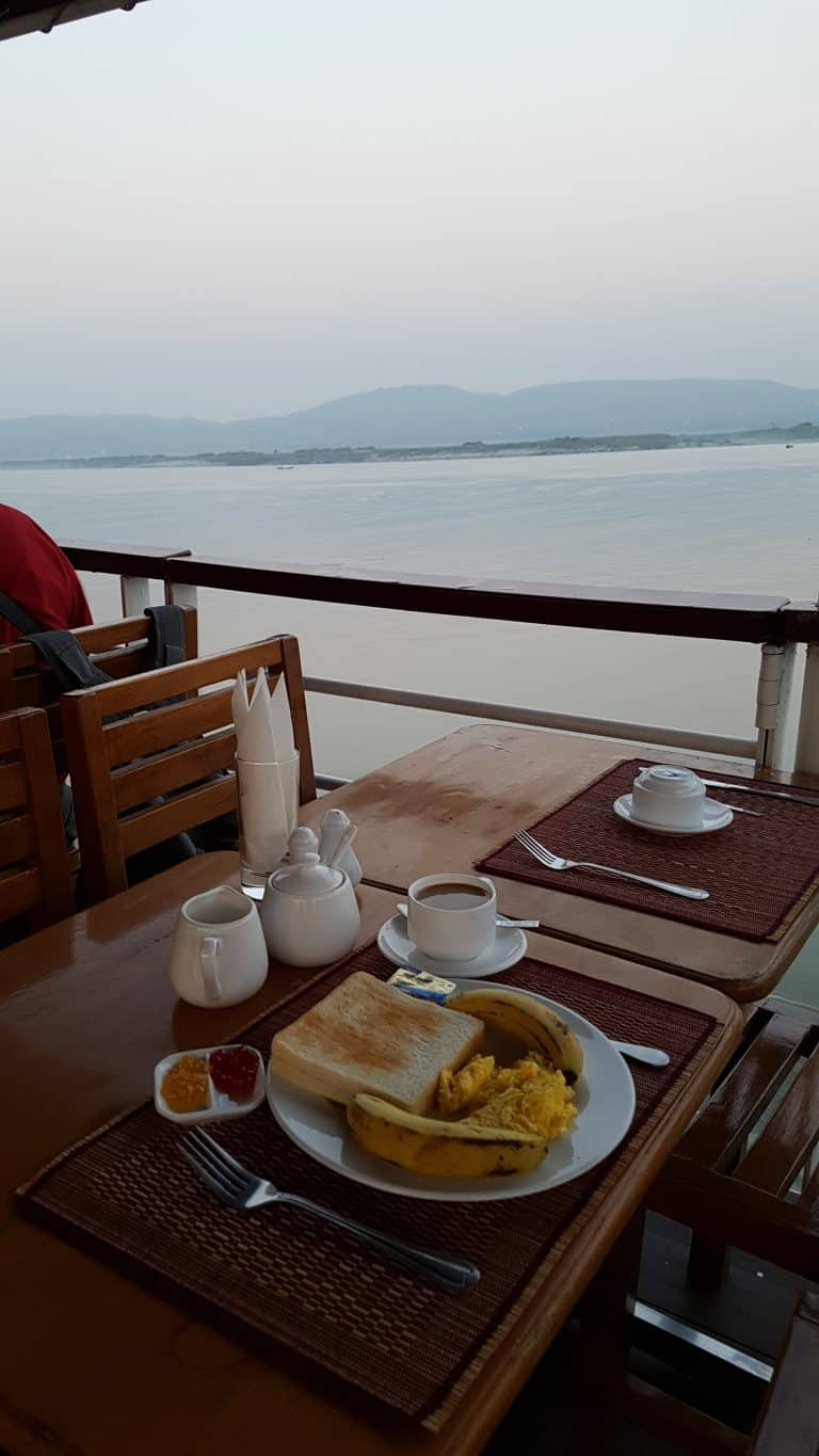 cruise Mandalay to Bagan breakfast view