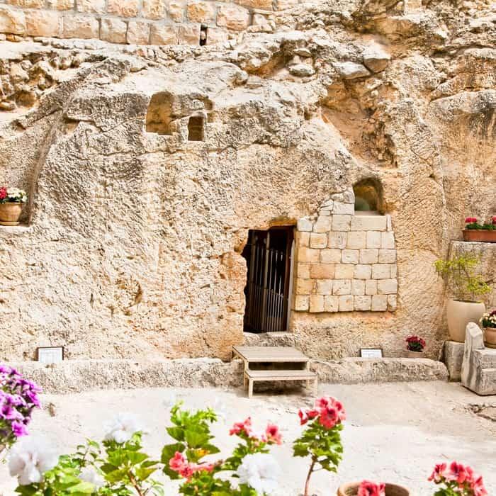 tomb garden
